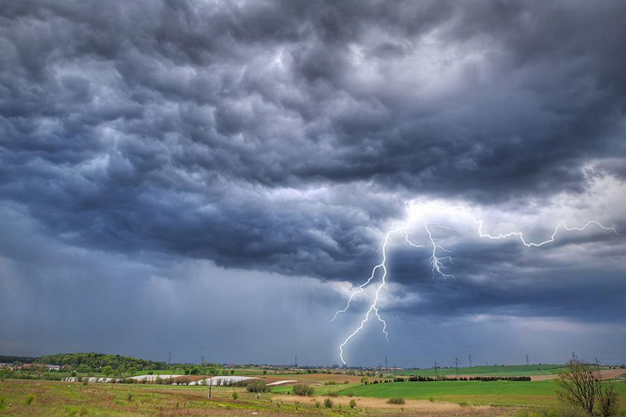 THUNDERSTORM_Featured